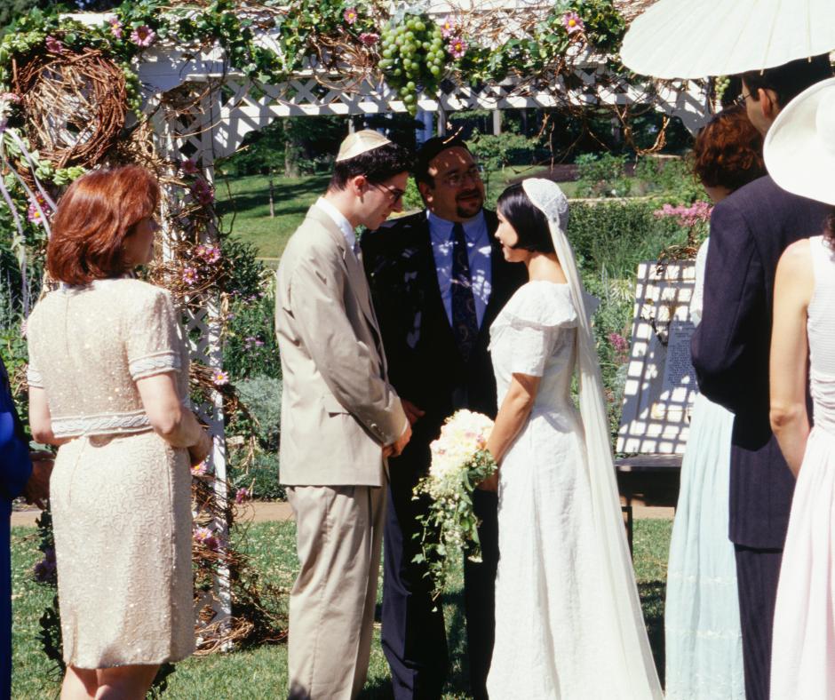 Une mezouza : optez pour cadeau de mariage juif idéal